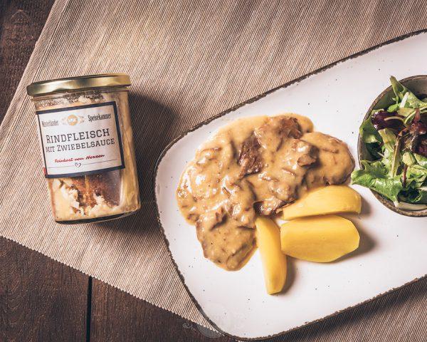 Glas Rindfleisch mit Zwiebelsauce aus der Münsterländer Speisekammer