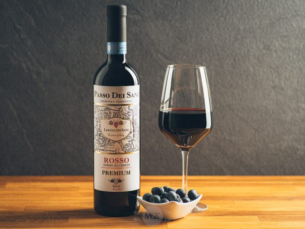 Flasche Rotwein Passo dei Sani Premium Rosso