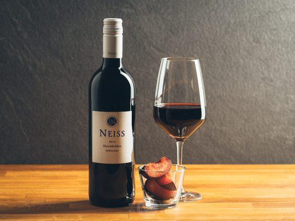 Flasche Rotwein Ludi Neiss Dornfelder halbtrocken
