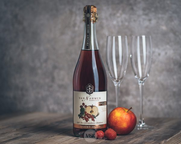 Flasche Van Nahmen Apfel Johannisbeere Himbeere Frucht Secco