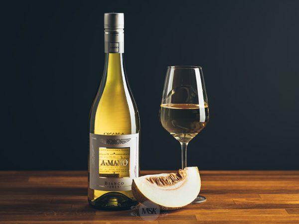 Flasche Weißwein A Mano Bianco