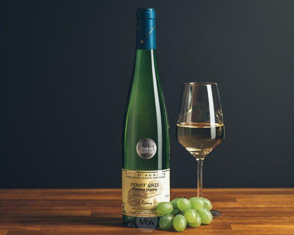 Flasche Weißwein Domaine Simon Pinot Gris