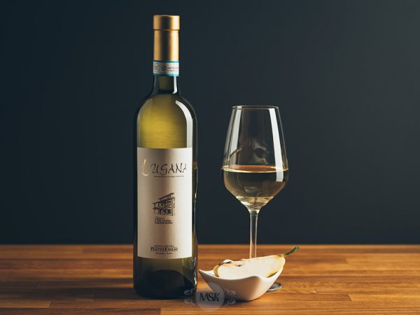 Flasche Weißwein Pasetto Emilio Lugana DOC Cascina Albarone